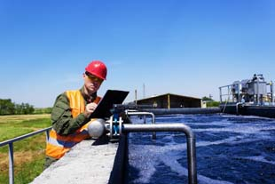 Serviços de desinfecção de reservatórios de água com a Insetbom